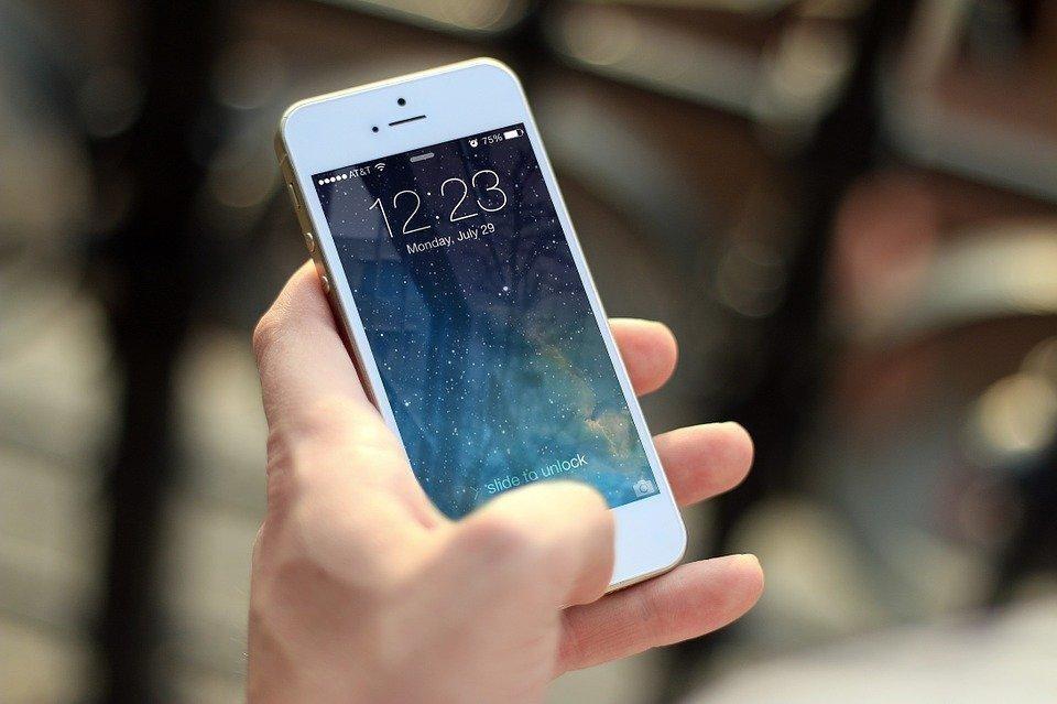 chave pix com o número de telefone móvel ou fixo